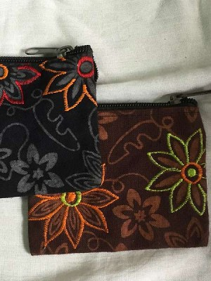 Embroidered-purse-Nepal