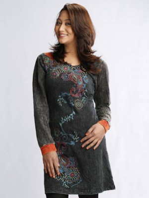 embroidered-dress-nepal