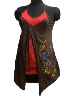 Chic embroidered top in red and brown